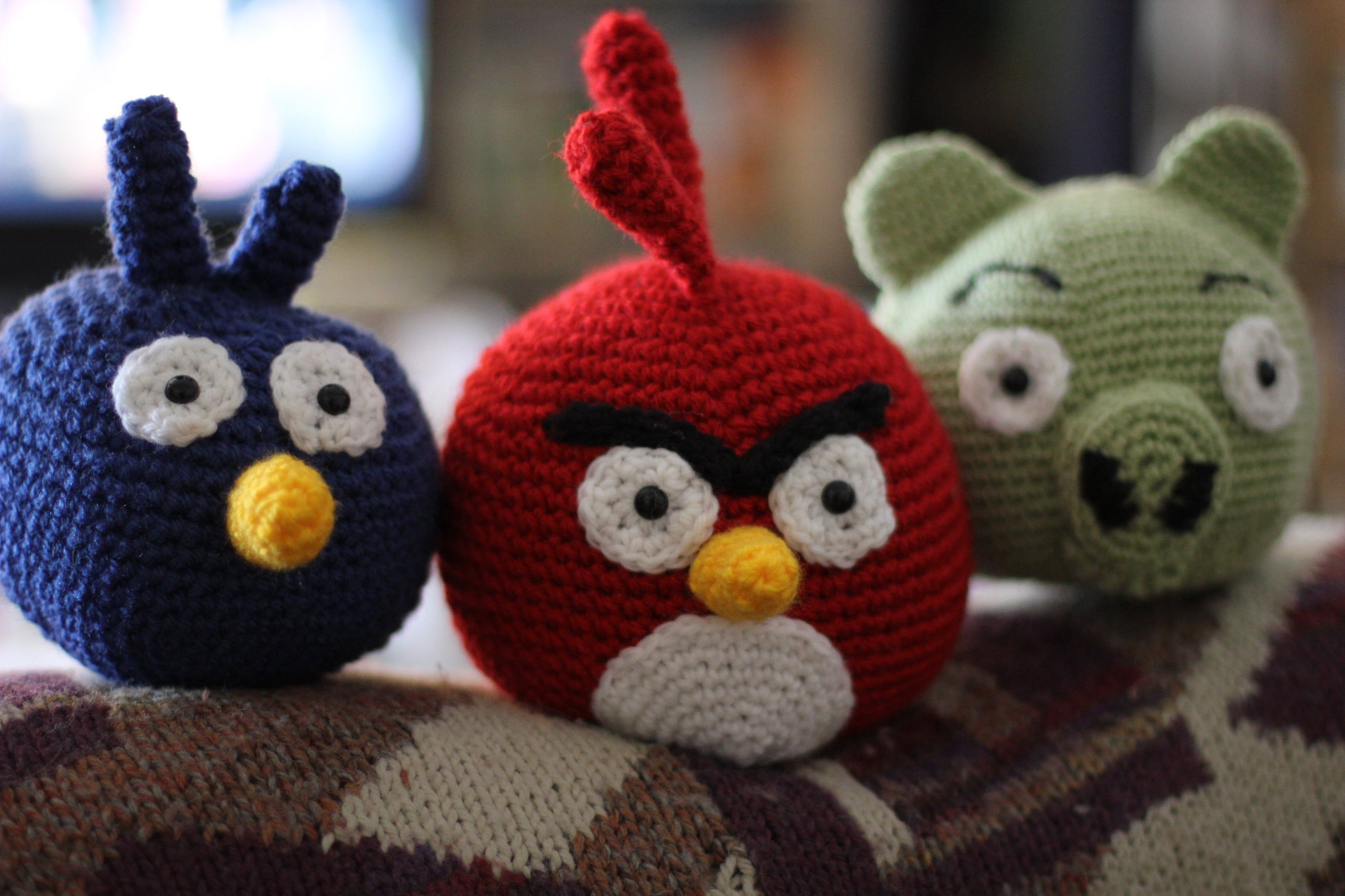 Knitted Childrens Slippers Free Pattern : Patron Angry Birds en crochet - Imagui